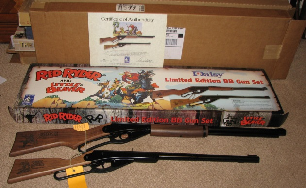 Daisy Red Ryder and Little Beaver BB gunset OB